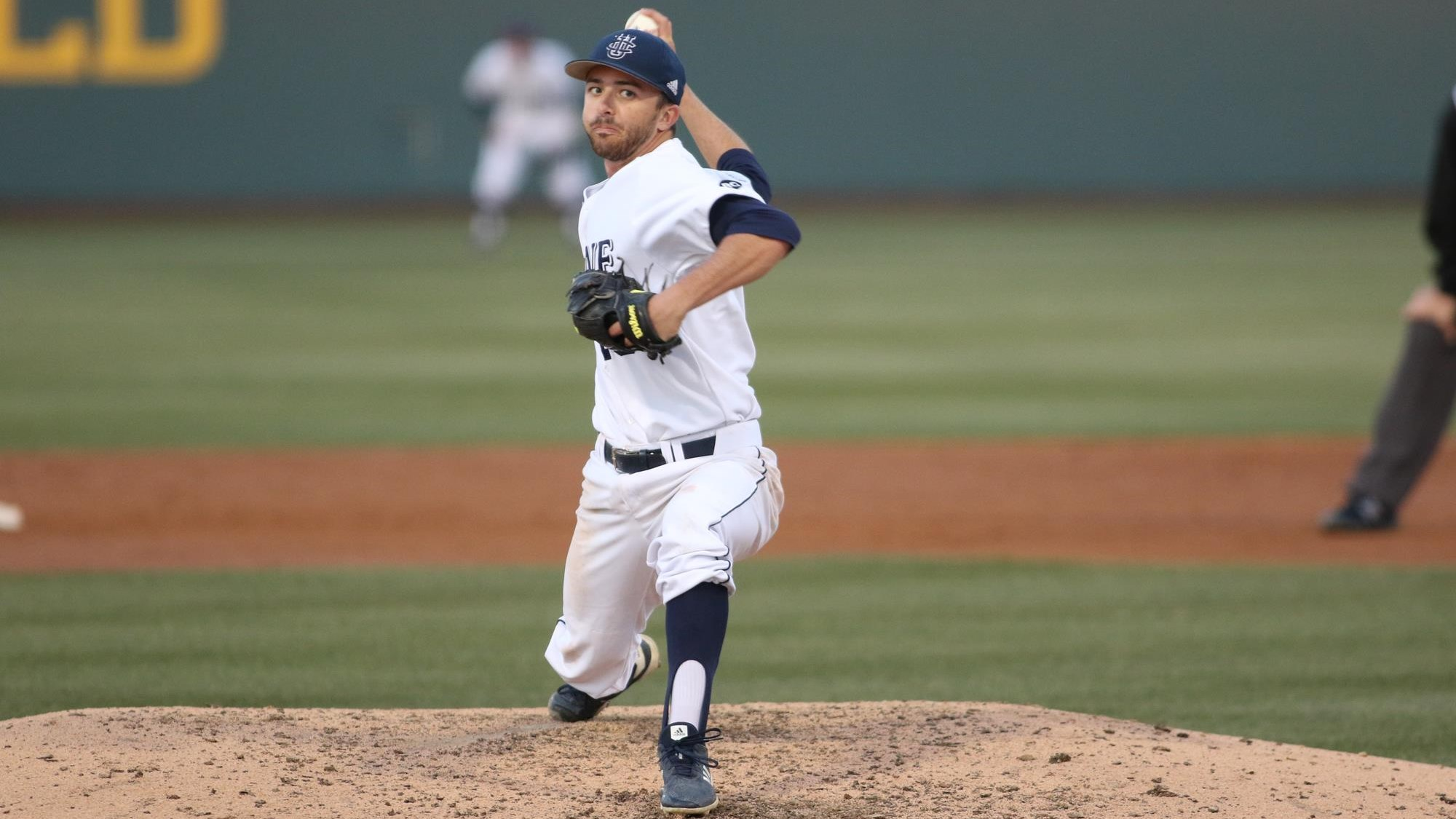 No. 19 UC Irvine Clashes at USC, CSF
